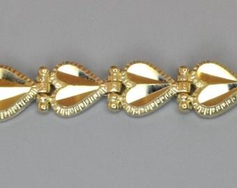 14K Yellow Gold Heart Bracelet.  Free Shipping in the U.S.