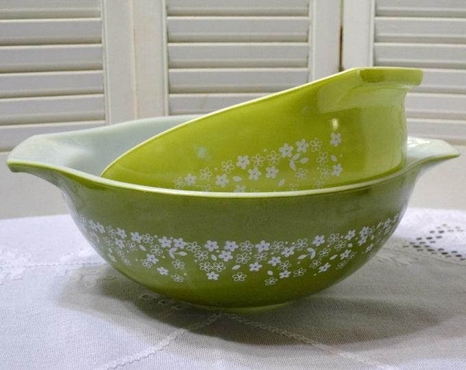 Vintage Pyrex Green Crazy Daisy Spring Blossom Mixing Bowl Set of 2 444 443 PanchosPorch