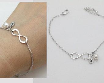 Bridesmaid gifts - Set of 4,5,6 - Infinity bracelet, Initial bracelet, Personalized bracelet, Swarovski Pearl , Bridesmaid gift