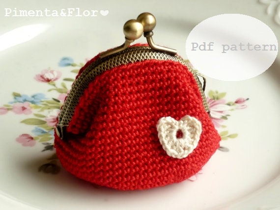 PATTERN: Small Heart Crochet Coin Purse N.7 by Pimentayflor