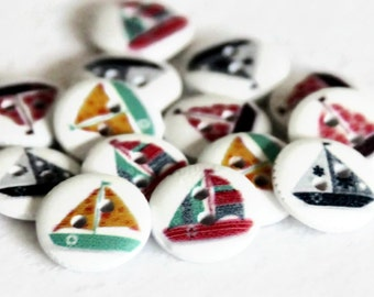 15 Sail Boat Buttons 15mm - Round Painted - White Wood - Boys Button - Sailing Boat - Seaside Buttons - Nautical Print - PW88