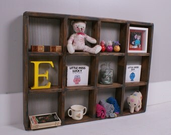 Children's Wooden Pigeon Hole Storage/Display Unit