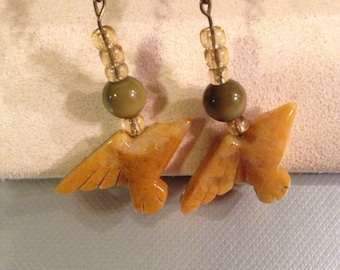 SALE! Beautiful handmade Bird Native American Stone earrings