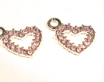 """5pc """"heart"""" charms in antique silver style (BC612)"""