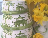 Chinoiserie Dog Bowl - Small Green  copyright design*** to add a name an additional listing must be putchased***
