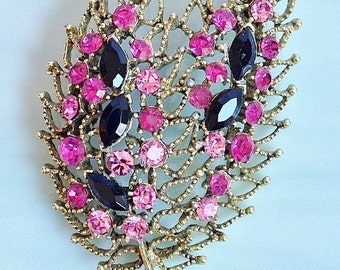 Lovely PINK, Fuchsia, & Black Rhinestone on GOLD 2 Leaf PIN
