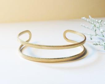 Simple cuff bracelet - brass - modern