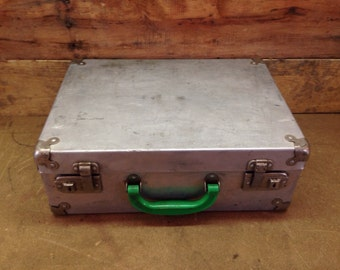 Vintage metal case