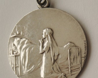Antique Religious Medal Girl Praying
