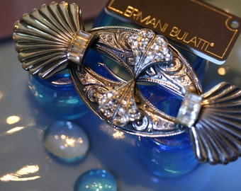 Lovely Ermani Bulatti Vintage Art Deco Pin