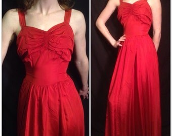 Valentine's Sweetheart Ball Gown 30's 40's Vintage Red Taffeta Dress Sz S