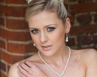 Sparkly Bridal Pearl & Diamante Jewelery Set