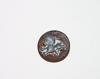 Rampant Lion Crest Livery Coat Button Mid 1700's to 1900