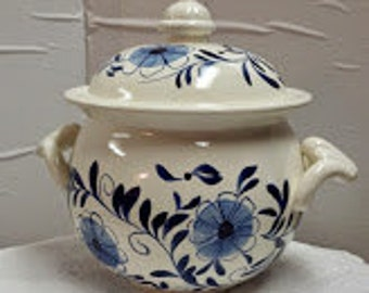 Ceramic Small Soup Tureen