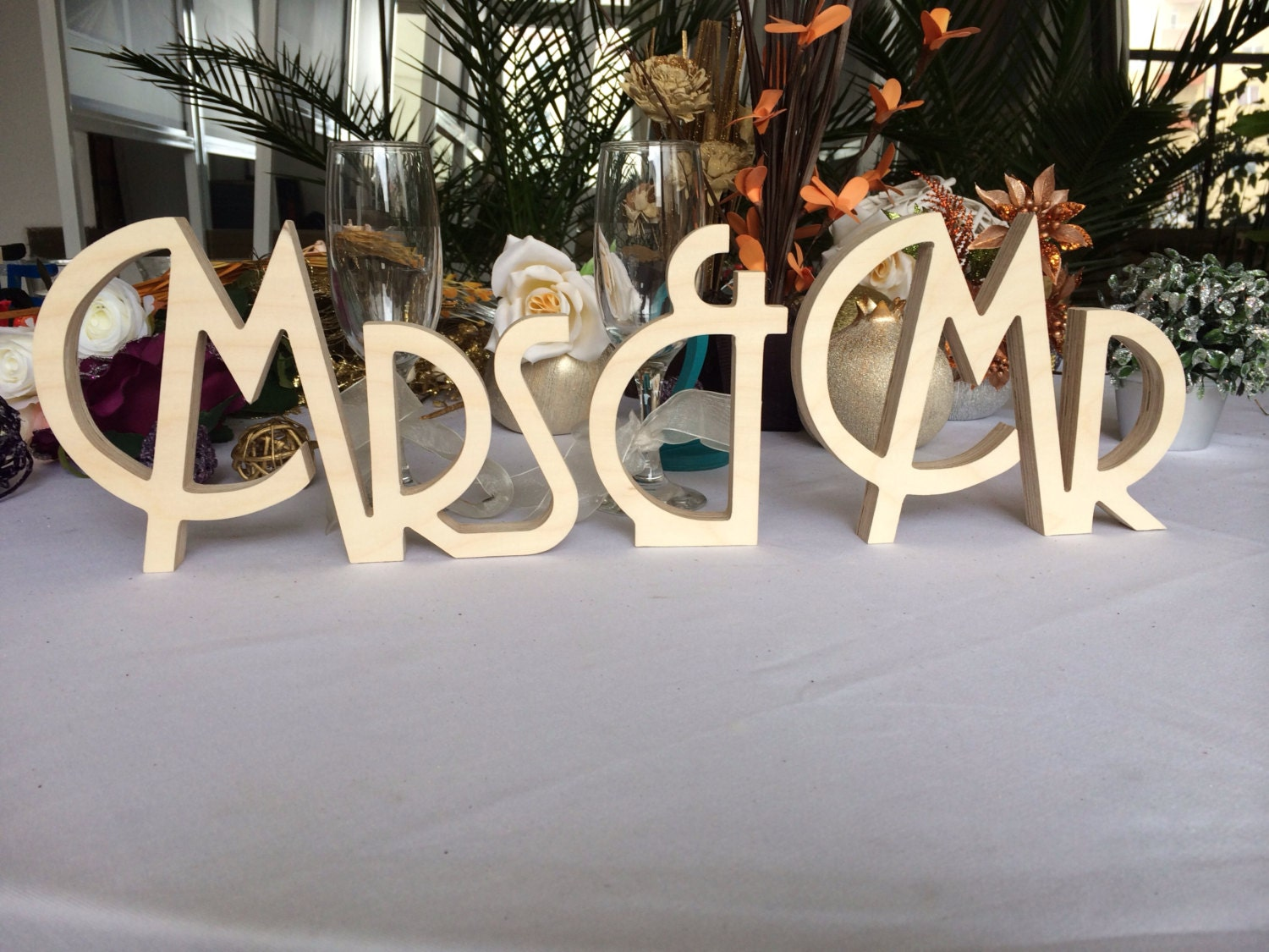 gatsby style art deco wedding signs mr mrs wooden letters wedding table decoration freestanding mr and mrs signs sweetheart table