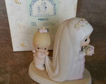 "Precious Moments ""God Bless the Bride"" 1993 figurine"