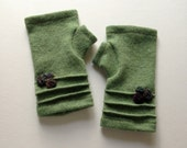 cashmere fingerless gloves / wrist warmers in heather green with decorative flowers
