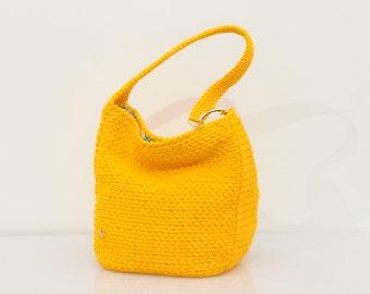 Hobo Style shoulder bag Yellow