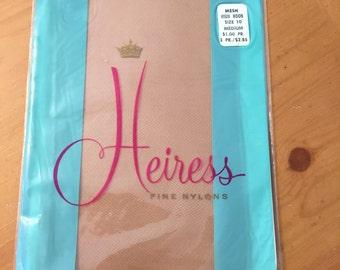 Heiress Fine Seamless Nylons Mesh Medium Size 10