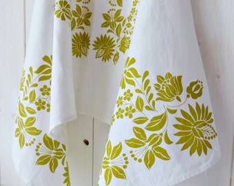 Home textile, Linen Table Runner, Folk Pattern, Screen printed Hungarian Kalocsa Pattern- White-Lime