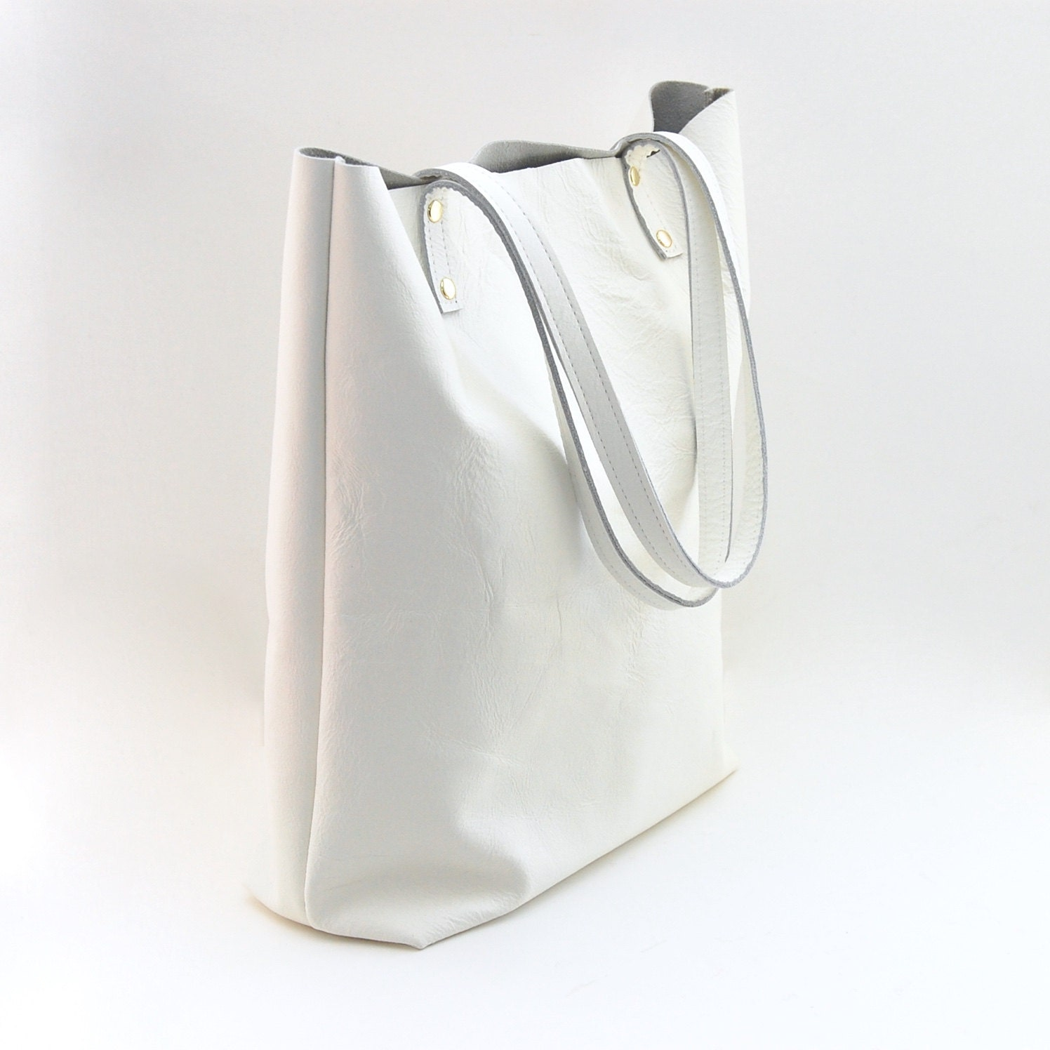 White leather tote bag – New trendy bags models photo blog