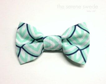 Mint and Navy Clip on Bow Tie / Toddler Bow Tie / Boy Bowtie / Toddler Bowtie /Easter Bow Tie / Baby Bowtie / Easter Boy Photo Prop