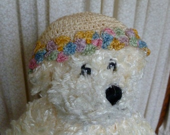 Set of vintage crocheted hats for small dolls or baby bears.