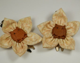 Whimsical Set of Fabric Flower Hair Clips in Pale Cream Floral Print