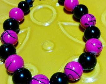 Hot Pink Black Bracelet, Glass Bead Bracelet