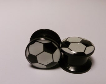 Soccer ball gauges plugs sizes are in MM 5, 6, 8, 10, 12, 14, MM Free Shipping!!! DD