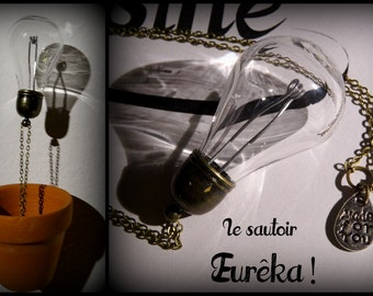 Glass bulb necklace