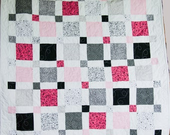 Sweet dreams baby quilt - free shipping