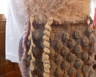 Shoulder bag, hand knitted