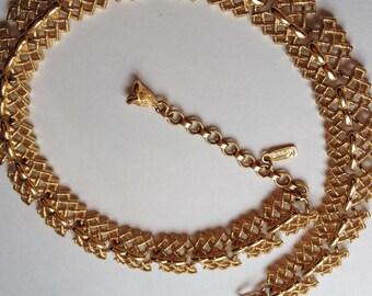 Vintage Monet Necklace Gold Tone Signed Textured Bold Gold Elegant