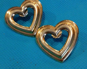 Large vintage gold tone heart earrings - pierced