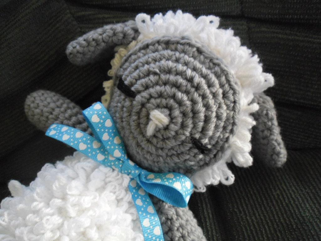 Amigurumi Sleeping Sheep : Crochet amigurumi Sheep-Sleeping lamb-Stuffed toy