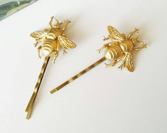 Gold bee bobby pins bumble bee hair pin gold bee hair accessory bee hair clip gold bee hair pins creature hair pin gold bee pins bee hairpin