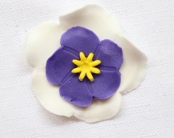 fondant flowers,12 Violets, edible fondant Flowers cupcake toppers, edible flowers cake decoration, Easter poppy poppies