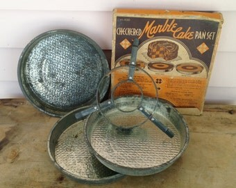 Marble Cake Pan Set,Chicago Manufacturing  Company, Bake King Original Box