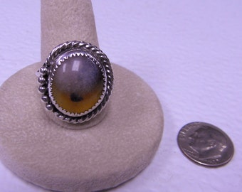 This ring is an india agate size 10 1/4.