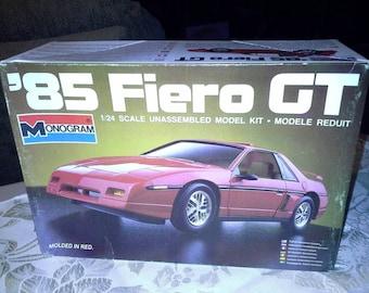 1985 Fiero GT 1:24 Monogram Model Kit