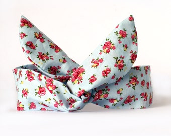 Blue and Pink Ditsy Rose Dolly Bow Headband, Wire hairband, Rockabilly, Floral Headband