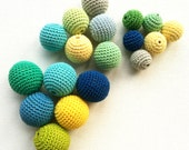 Crochet beads 18pcs wooden round beads, MIXED SIZES. from 20mm to 28mm multicolor, bead mix, handmade craft supplies, beech wood