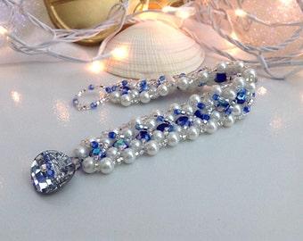 White and blue beaded bracelet