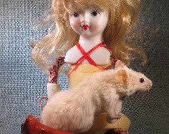 Taxidermy Mouse Sculpture: Serendipity No. 6