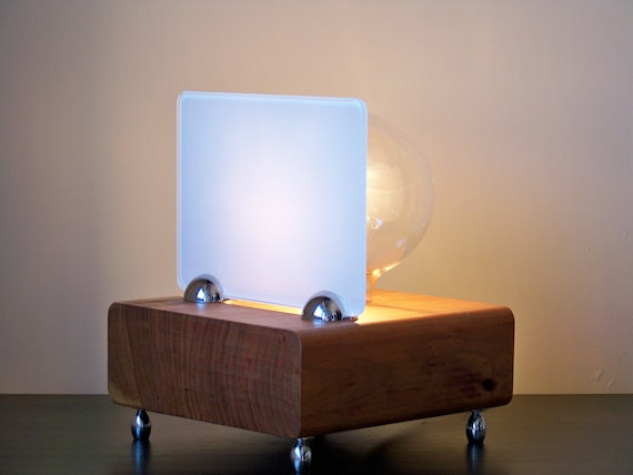 Lampada Da Tavolo INDUSTRIAL DESIGN - Design Industriale Stile Vintage ...
