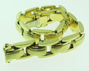 European made 14 karat gold bracelet.