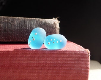 MADE TO ORDER    -    Iced Aqua Round Pair By Sabrina Koebel of SabrinaDesign Handmade Lampwork Beads