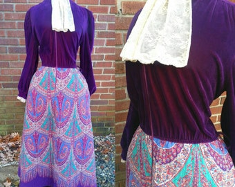 70s Gypsy Dress Velvet Bodice with Lace Ascot and Quilted Paisley Skirt M