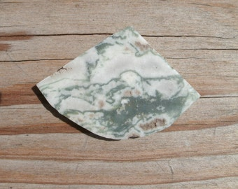 Tree Agate Slice -  untreated natural stone, white and green, supply for cabbing, wire wrapping, pendants, preform cab cut, can drill